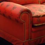 Rivestimento divano in tessuto ricamato Sculptor in Seta e tessuto unito Nautilis in Seta